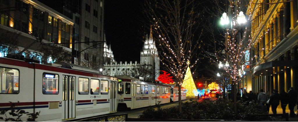 Enjoy 10 Minute Blue Line Service to Holiday Lights